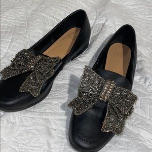Black glitter/rhinestone bow loafers 🎀